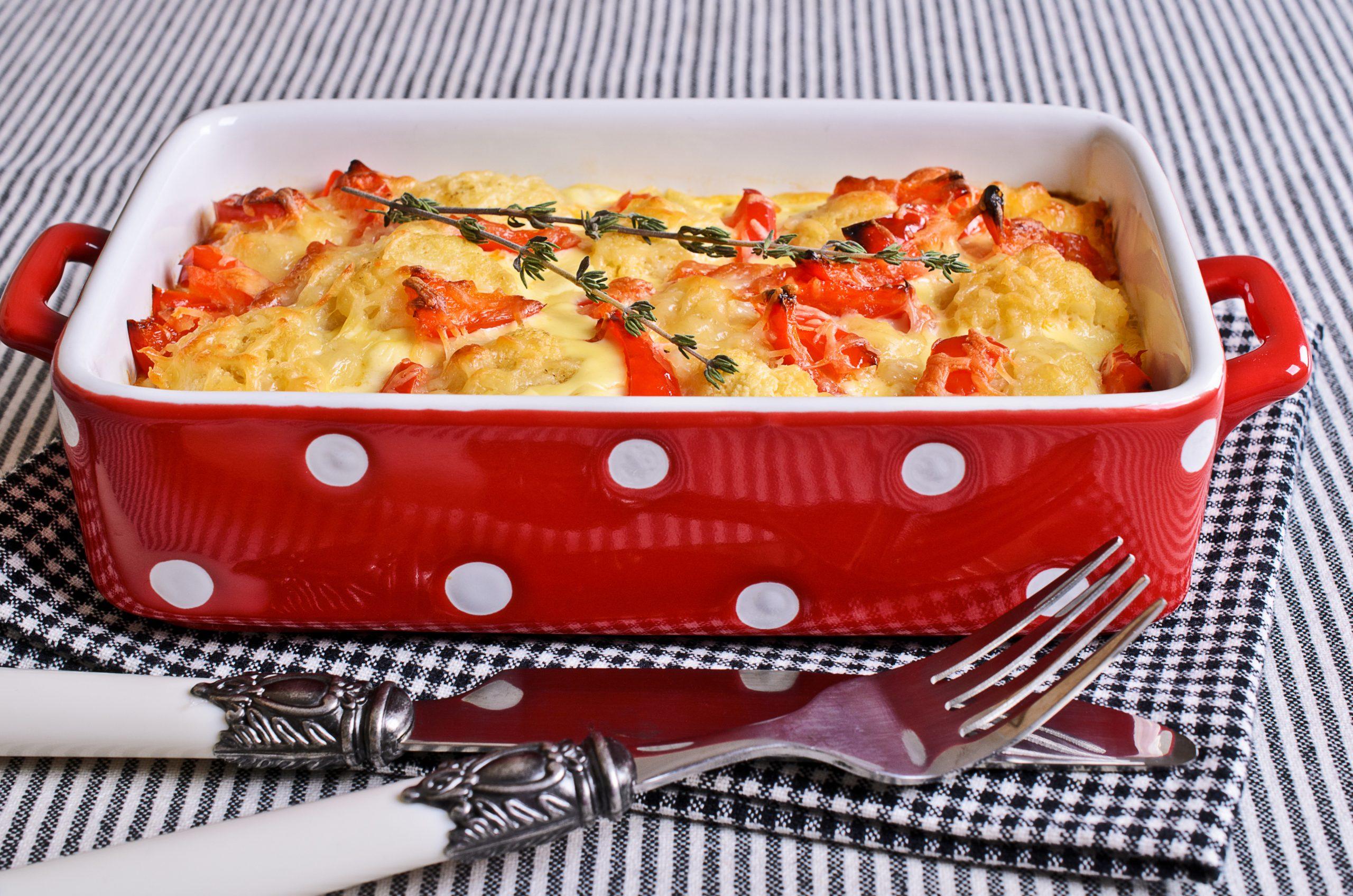 auflauf-mit-hackfleisch-paprika-tomaten-und-rosenkohl