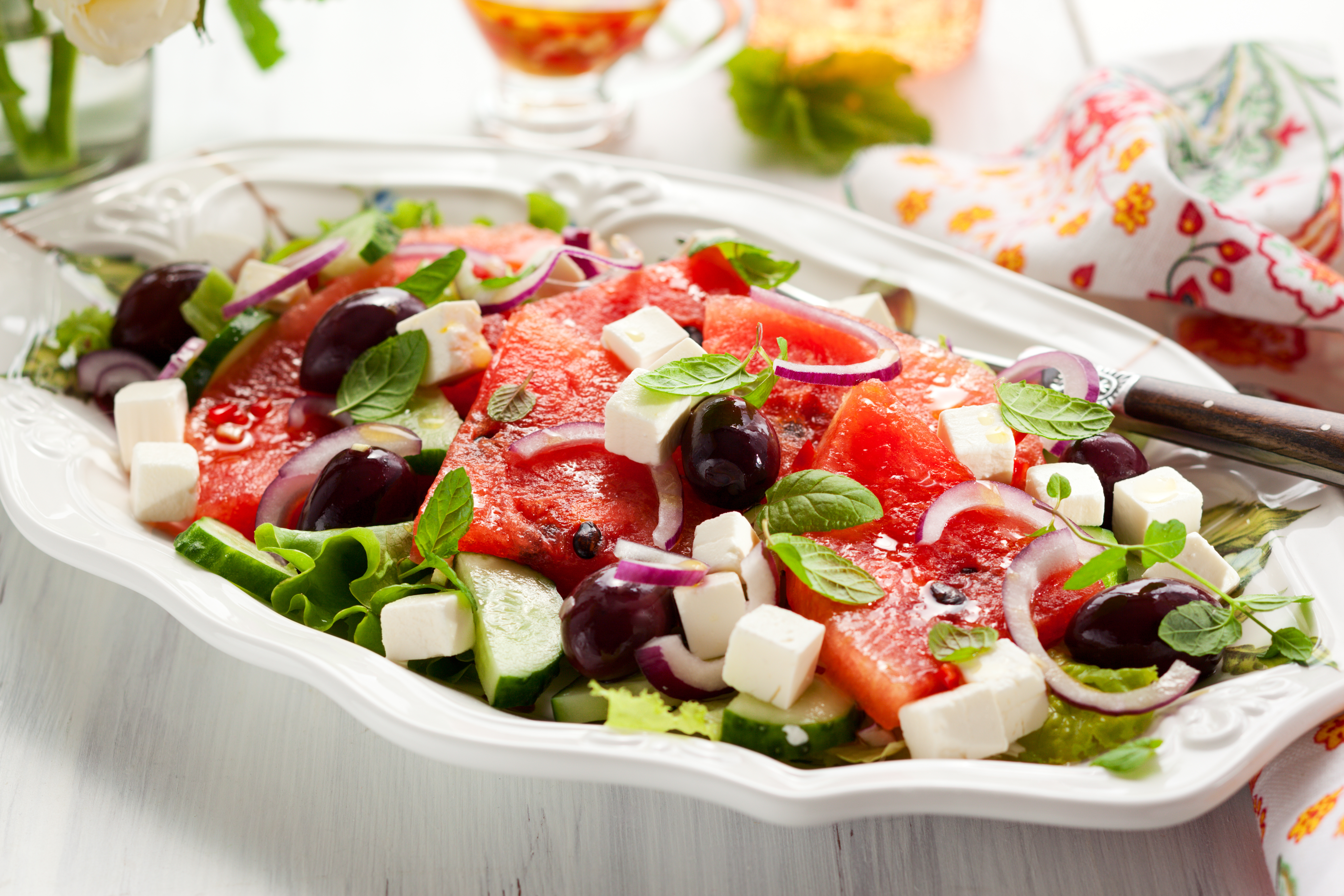 vegetarisches rezept salat mit wassermelone traube gurke und feta invikoo. Black Bedroom Furniture Sets. Home Design Ideas